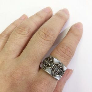 Jewelry - 🌻Sterling Silver mother of Pearl Ring 🌻